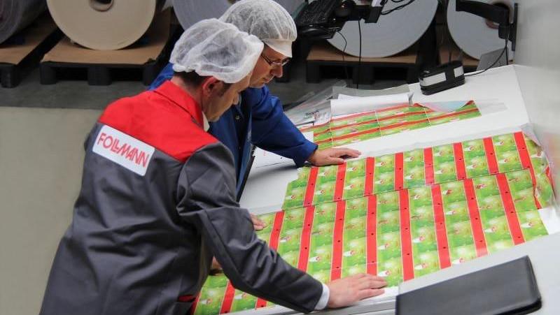 Производитель материалов для обойной промышленности