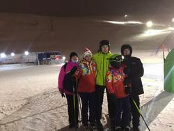 Олег Матыцин исполнил мечту 10-летнего Никиты Менюшкова из Мурманской области и подарил мальчику горные лыжи и горнолыжные ботинки
