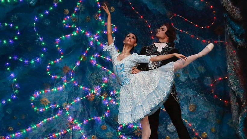 Подмосковные театры представят спектакли во время новогодних праздников