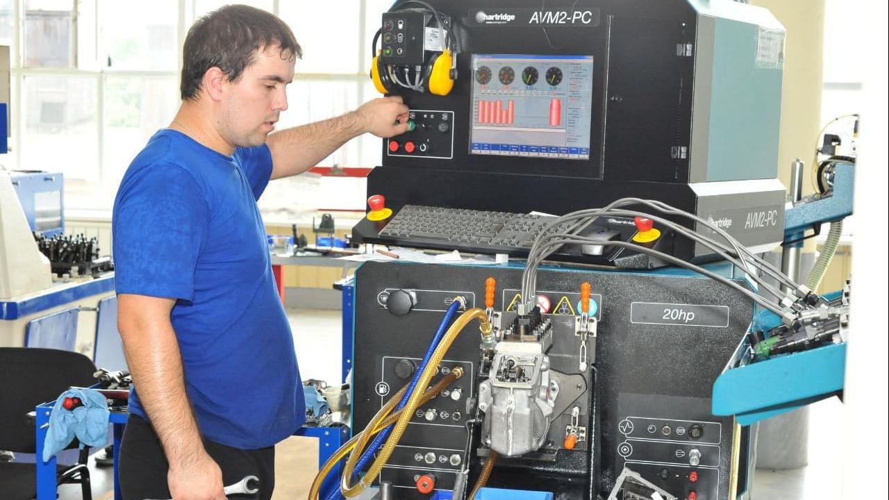 Производительность труда при производстве топливных насосов увеличилась на заводе региона