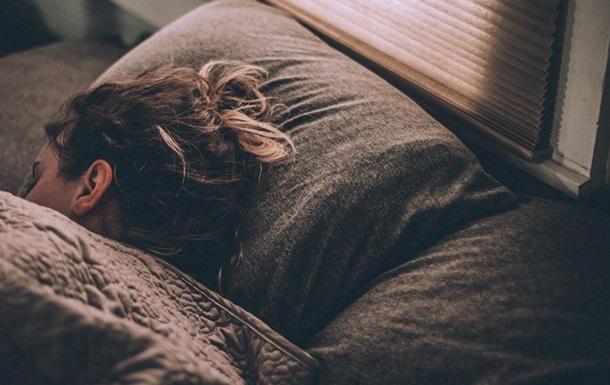 С началом пандемии людям чаще снятся тревожные сны - ученые