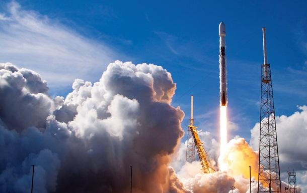 SpaceX вывела на околоземную орбиту спутник SXM-7