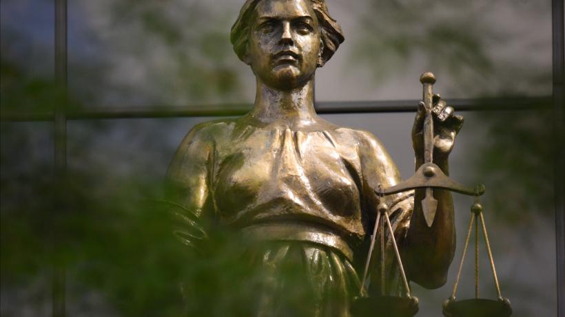 Суд признал законным отказ Госжилинспекции региона внести изменения в реестр лицензий УК