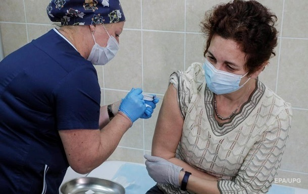 В России рассказали о случаях коронавируса у привитых вакциной Спутник V