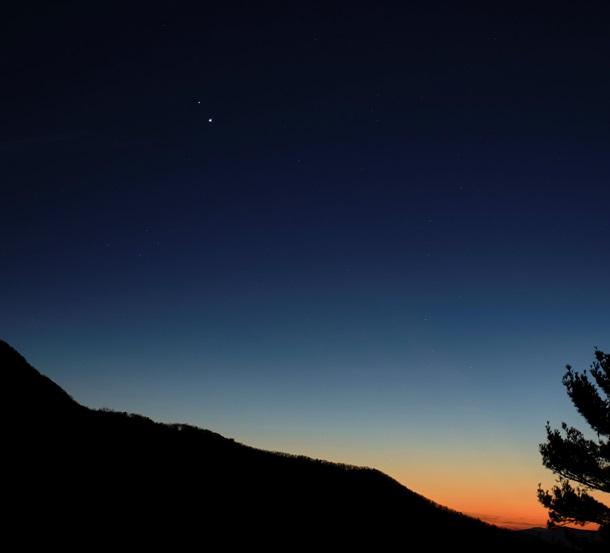 Великое слияние Юпитера и Сатурна. Как увидеть