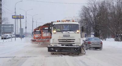 Дорожные службы Подмосковья перевели в режим усиленной работы из-за снегопада