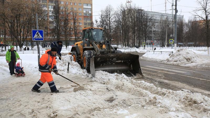 Госадмтехнадзор Подмосковья напоминает правила уборки дворов после снегопада