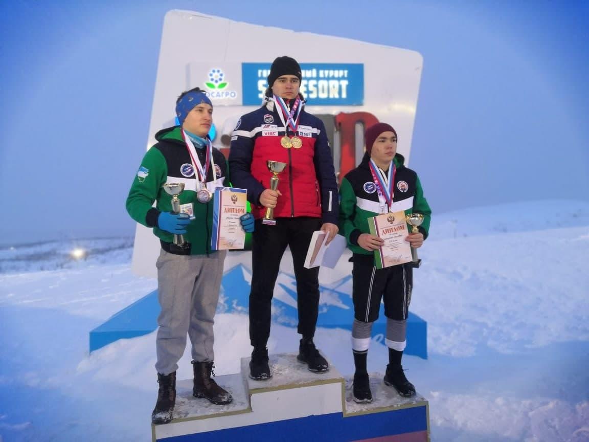 Спортсмен из Подмосковья стал обладателем 4 медалей на чемпионате России по горнолыжному спорту среди глухих