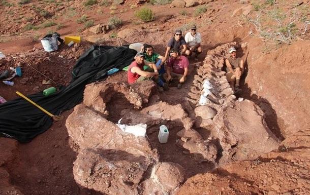 В Аргентине нашли останки гигантского титанозавра