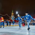 В Москве на ГУМ-катке прошла традиционная Спортивная студенческая ночь