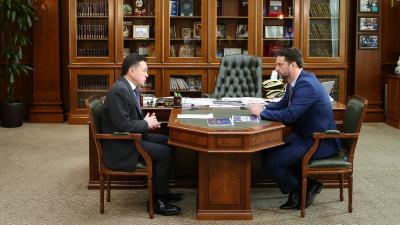 Андрей Воробьев провел рабочую встречу с главой Раменского округа