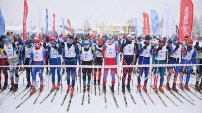 Более 2 тыс. человек вышли на старт марафона «Лыжня в Лавру» в Пушкинском округе