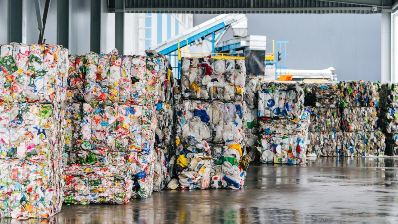 Более 700 тыс. тонн стекла и пластика направили на переработку в Подмосковье