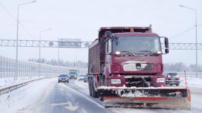 Дорожные и коммунальные службы Подмосковья переведены на круглосуточный режим работы