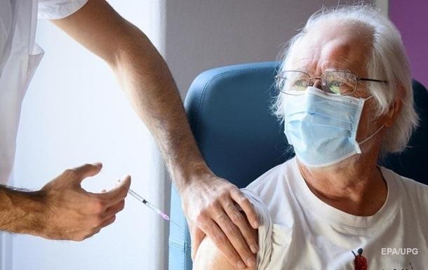 Эффективность первой дозы вакцины Pfizer оценили в 90%