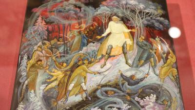 Коллекцию лаковой миниатюрной живописи Палеха можно увидеть на выставке в Сергиевом Посаде