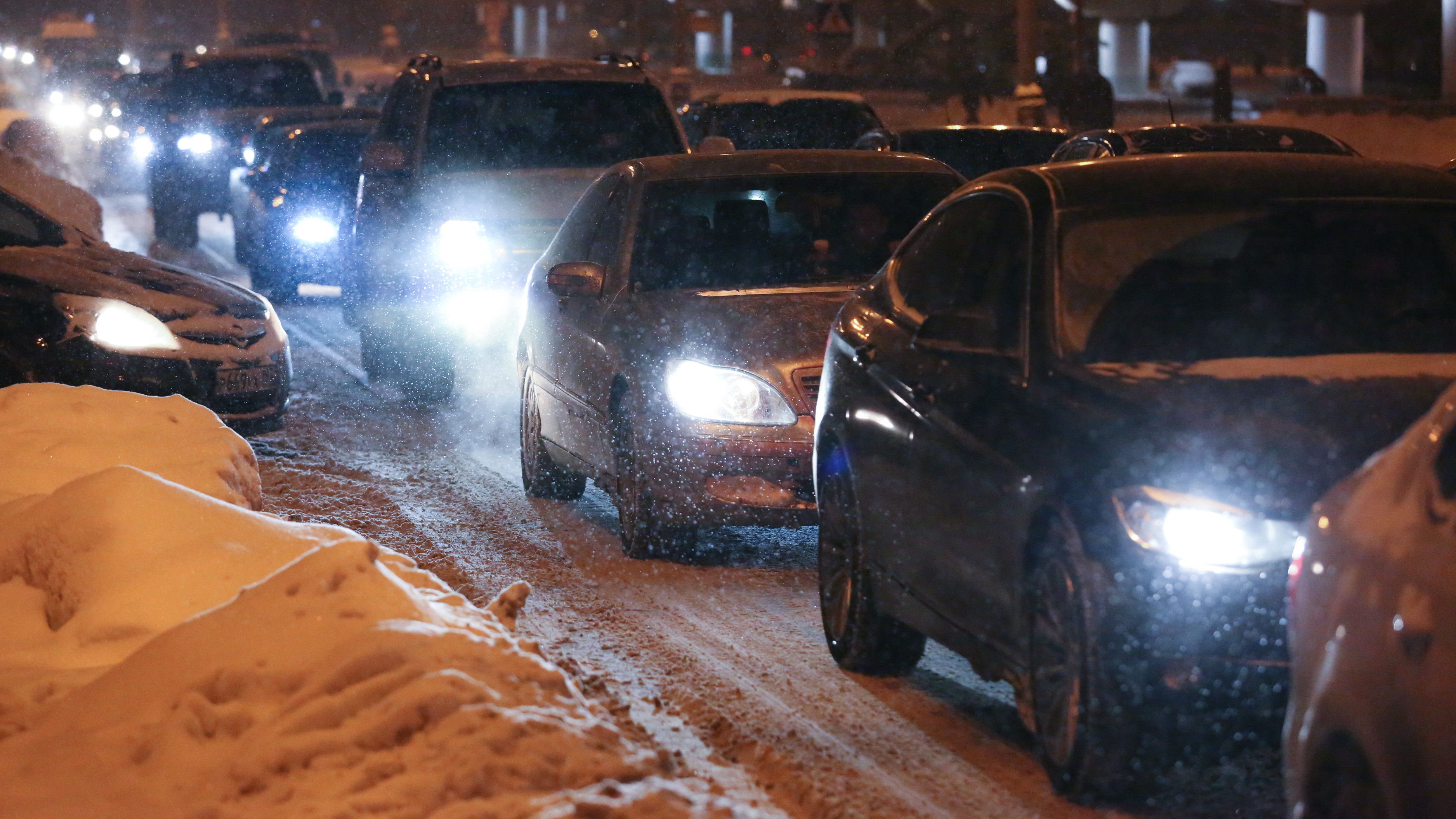 Крупные пробки образовались на дорогах на юге и юго-востоке Московской области