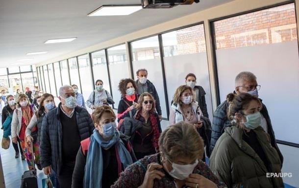 Новые штаммы коронавируса вызовут новую волну пандемии - ученые