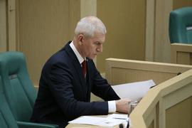 Олег Матыцин рассказал о развитии детско-юношеского спорта на «правительственном часе» в Совете Федерации