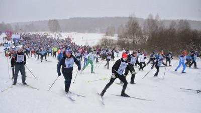 Пять тысяч человек вышли на старт центральной площадки «Лыжни России» в Химках