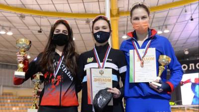 Подмосковные конькобежцы завоевали 11 медалей первенства России