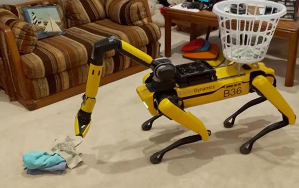 Робопсов Boston Dynamics научили делать уборку