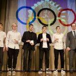 Роман Терюшков вручил знаки отличия ГТО школьникам Раменского округа