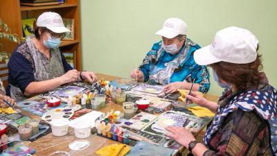 Все клубы «Активное долголетие» в Московской области заработают очно с 12 февраля