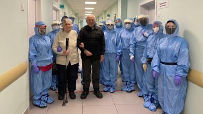 Балашихинские врачи спасли от коронавируса пожилую пару