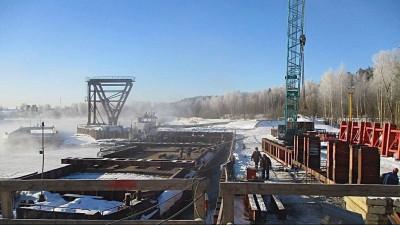 К устройству гидроизоляции дороги на новом Афанасьевском мосту приступили в Воскресенске