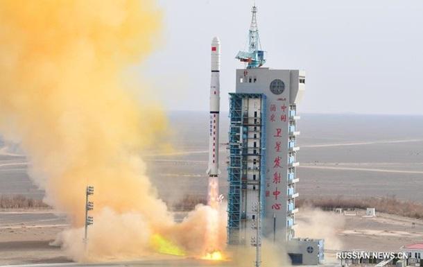 Китай запустил спутники для исследования электромагнитной среды