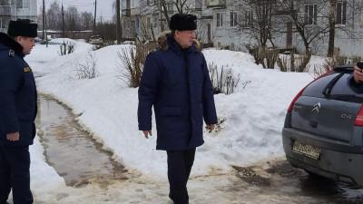 Олег Баженов проверил ход зимней уборки в Можайском округе