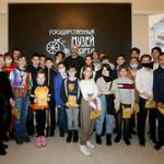 Олимпийский чемпион по волейболу Сергей Тетюхин встретился с юными посетителями Государственного музея спорта