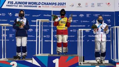 Спортсменка из Подмосковья завоевала две бронзовые медали на первенстве мира по фристайлу