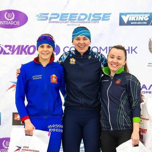 Спортсмены из Подмосковья завоевали два золота, два серебра и бронзу на чемпионате России по конькоб...