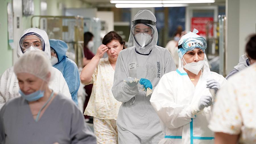заболеваемость коронавирусом в россии стабильно снижается