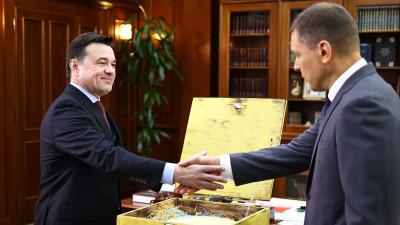 Андрей Воробьев провел рабочую встречу с главой Дмитровского городского округа