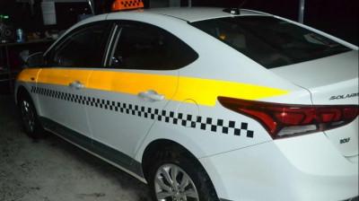 Более 900 автомобилей такси переместили на штрафстоянки в Подмосковье с начала года