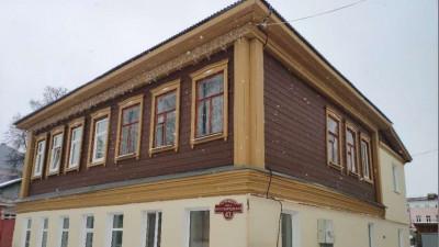 Дома в исторических центрах трех подмосковных городов отремонтировали по программе капремонта