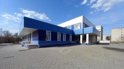 Физкультурно-оздоровительный комплекс в Дрезне достроят в августе