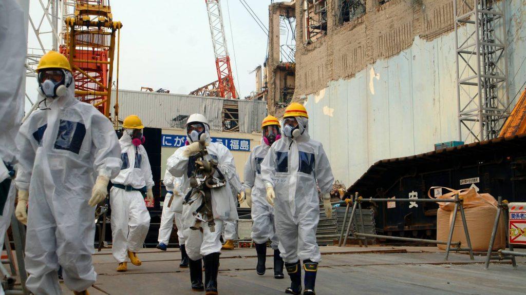 фукусима 1 сбрасывает ядерную воду в океан