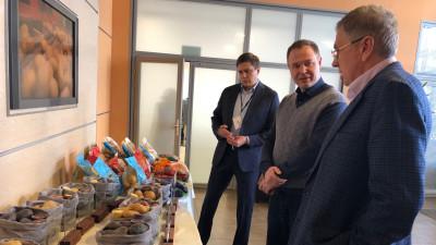 Глава Минсельхозпрода Подмосковья посетил центр Группы компаний «ДокаДжин»