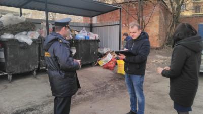 Почти 800 нарушений в содержании контейнерных площадок пресекли в Подмосковье с начала года