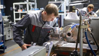 Подмосковное предприятие по выпуску надводного и подводного спецоборудования празднует 45-летие