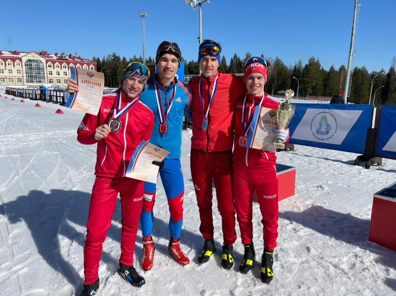 Подмосковные спортсмены завоевали 8 медалей на чемпионате России по лыжному двоеборью