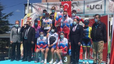 Подмосковные спортсмены завоевали три медали на международном турнире по маунтинбайку
