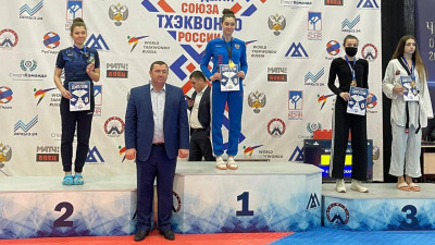 Подмосковные тхэквондисты завоевали 4 медали на всероссийских соревнованиях