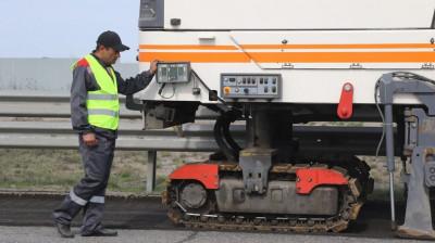 Ремонт региональных и муниципальных дорог начался в Подмосковье