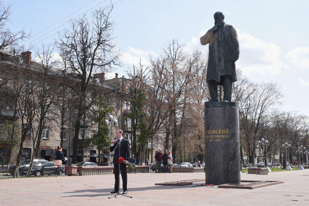 Роман Терюшков поздравил жуковчан с днём рождения города