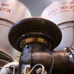 Русские двигатели стоят на американских военных ракетах - а как же санкции?